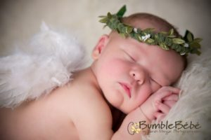 Sarah Morgan Photography introduces BumbleBébé Newborn Portraits!    The ultimate in newborn art.  Our BumbleBébé sessions lavish your newborn child from head to toe with adorable accessories and carefully chosen props.