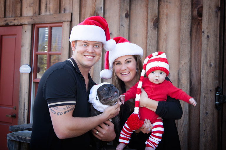 Adorable-Christmas-Family-Sayre-Portrait-in-Old-Poway-Park