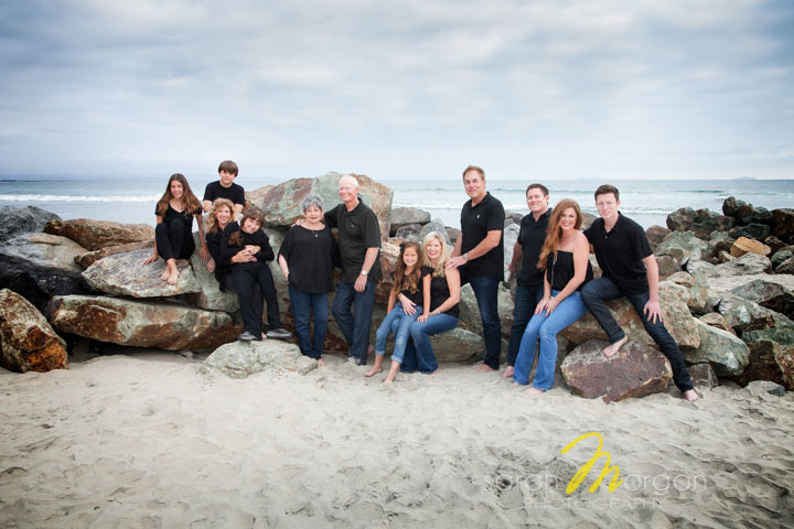 Multi-generational beach portrait-Novikoff