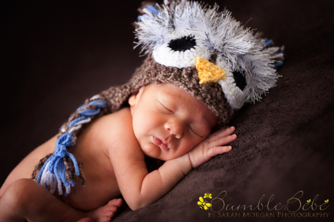 Baby Grant rocking our owl hat