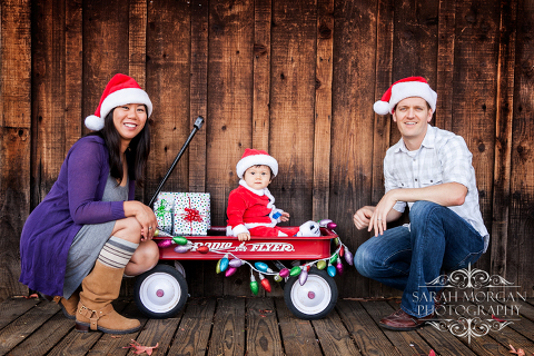 Hong Family Holiday Portrait in Old Poway Park