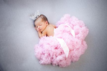 Baby Willa in pink tutu